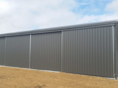 Gable Machinery Shed 10m x 15m x 3.6m with 3 sliding doors (2)