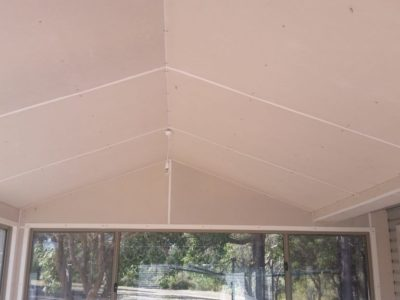 Gable Patio with walls and windows 5
