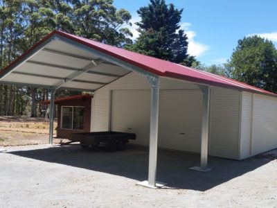 Garaport attached to existing annexe with horizontal cladding 9m x 15m x 3.2m (3)