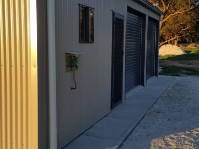 Small Acreage Storage with Weekender and verandah 7m x 10m x 2.7m (5)