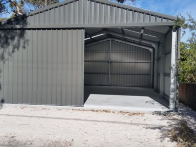 Sundowner Delexe with Double Sliding Doors on Gable end 6.5m x 9m x 3m (2)